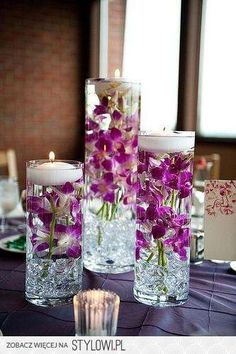 16 idées de centre de table magnifiques Flowers-submerged-in-a-case-filled-with-water-and-topped-with-floating-candles-wedding-centerpiece-ideas Purple Wedding, Diy Wedding, Wedding Flowers, Perfect Wedding, Wedding Ideas, Trendy Wedding, Wedding Planning, Elegant Wedding, Wedding Ceremony