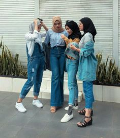 Modern Hijab Fashion, Muslim Fashion, Denim Fashion, Fashion Outfits, Casual Hijab Outfit, Hijab Chic, Boohoo Outfits, Polo Outfit, Weekend Outfit
