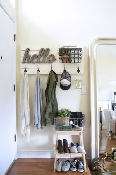 DIY: fun personalized wall mounted coat hanger