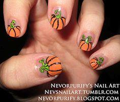 Pumpkins!!! Looooooove pumpkins and these are cute for Halloween