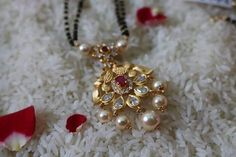 Womens Fashion Indian Jewellery 23 New Ideas Pearl Necklace Designs, Jewelry Design Earrings, Gold Earrings Designs, Gold Jewellery Design, Bead Jewellery, Pendant Jewelry, Beaded Jewelry, Pearl Jewelry, Silver Jewelry