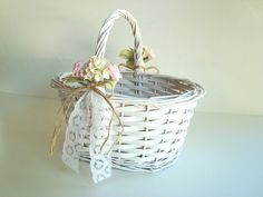 White wicker flower girl basket with vintage by byStitchHappy Aisle Flowers, Wedding Table Flowers, Diy Flowers, Wooden Flowers, Vintage Flowers, Dusty Rose Wedding, Floral Wedding, Beautiful Flower Quotes, Style Rustique