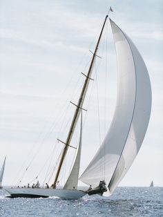 sailboat - Seatech Marine Products & Daily Watermakers
