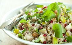 Quinoa with Watercress, Pears and Pomegranates // Here's a wonderful idea for an autumn dish! #recipes #vegan