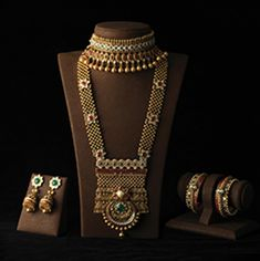 bridal jewelry for the radiant bride Indian Jewelry Sets, Silver Jewellery Indian, Bridal Jewelry Sets, Bridal Jewellery, Silver Jewelry, Silver Earrings, Gold Necklace, Bridal Bangles, Gold Bangles