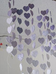 Paper pulp heart mobile almost finished, no paint added | mobiel van papier pulp hartjes bijna klaar, geen verf gebruikt