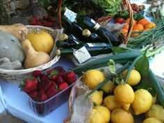 Fresh lemons, strawberries, olive oil and other local products from Malta at a farmers visit