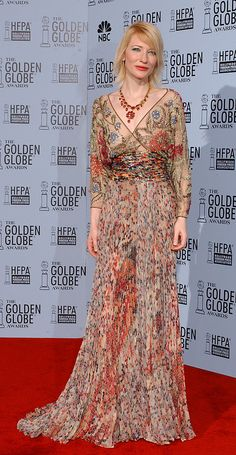 Glam and boho come together, Kate Blanchette Golden Globe 2002