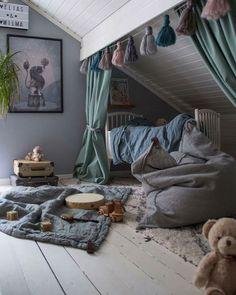 Home Decor Blue How to Create a Stylish Attic Kid's Room.Home Decor Blue How to Create a Stylish Attic Kid's Room Attic Bedroom Designs, Attic Bedrooms, Girls Bedroom, Bedroom Decor, Attic Bedroom Kids, Kids Room Bed, Attic Bedroom Storage, Bedroom Ideas, Attic Closet
