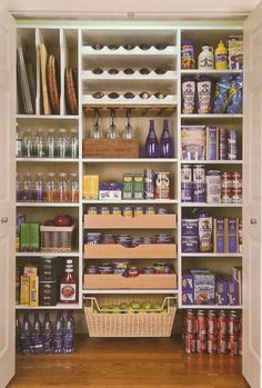 There are many ways to adapt the kitchen pantry closet design ideas to your organizing needs. All you need is to see the ideas we are about to show you, and you will be set for having the best pantry you know you need and deserve. Kitchen Pantry Storage, Pantry Room, Kitchen Pantry Design, Pantry Closet, Kitchen Pantry Cabinets, Kitchen Storage Solutions, Kitchen Cabinet Organization, Walk In Pantry, Organization Ideas