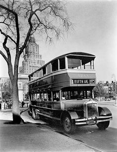 NYC. Vintage Fifth Ave bus in Washington Square.