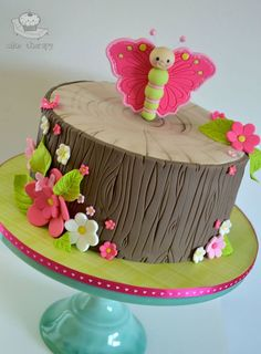 Suggestions to be Inspired for 1 Age Girl's Cake Selection! – Party And Me Baby Cakes, Girl Cakes, Cupcake Cakes, Pretty Cakes, Beautiful Cakes, Cupcakes Decorados, Woodland Cake, Butterfly Cakes, Butterfly Birthday