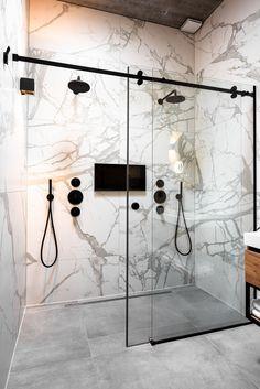 www.lifs.nl #lifs #interior #interiordesign #ontwerp #3D #marmer #dubbeledouche #douche #badkamer