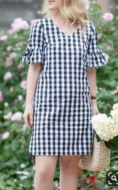 Simple Dresses, Cute Dresses, Casual Dresses, Casual Outfits, Fashion Dresses, Summer Dresses, Dresses Dresses, Petite Fashion, Mom Fashion