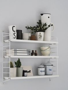 string shelving - Mu