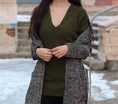 V neck sweater dress.  #fashioninspiration