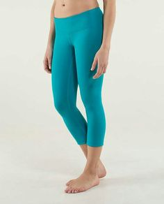 Lululemon Wunder Under Crop *Reversible $82.00 Inkwell/Surge ~ these colorsare incredible and its like a two in one