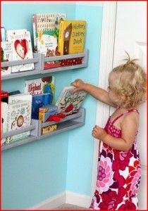 Especieros en la habitación infantil