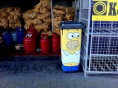 Monsieur poubelle on pinterest stickers products and homer simpson - Stickers poubelle exterieur ...
