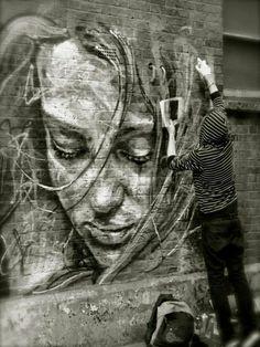 Street Art auf Ziegelwand