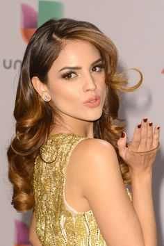 Inspired by: Eiza Gonzalez Get the Look: The dewy, I-woke-up-like-this appeal is great for a photo-heavy Christmas Day with the family. To fake a healthy glow (no matter how many peppermint cocktails you downed the night before), apply a luminous primer followed by a tinted moisturizer. - Cosmopolitan.com