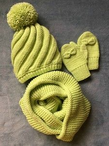 Baby Knitting Patterns Cowl Greetings to all readers and admirers … Baby Hats Knitting, Knitting For Kids, Baby Knitting Patterns, Knitting Projects, Knitted Hats, Hat And Scarf Sets, Crochet Art, Girl With Hat, Kids Hats