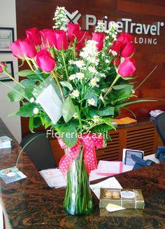 Florería Zazil realiza envios de flores y regalos en Cancún. Visitanos: www.floreriazazil.com Contacto: ventas@floreriazazil.com #floreriasencancun #envioflorescancun #floreriazazil