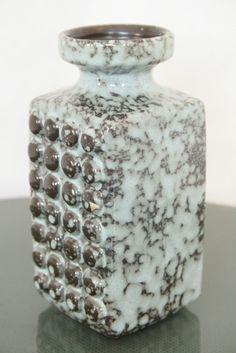"""East German pottery, """"fat lava"""" technique"""