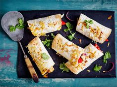 Burrito on meksikolaisessa ruokakulttuurissa tyypillinen vehnätortillaan kääritty kanalla, lihalla ja/tai kasviksilla täytetty rulla, joka syödään tyypillisesti käsin.