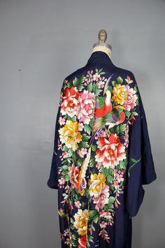 1920s kimono / embroidered floral kimono / BIRD OF PARADISE kimono