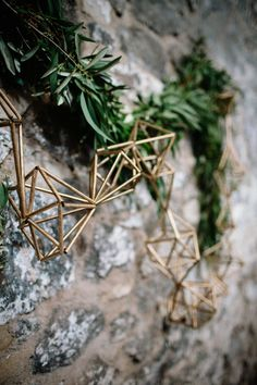 Greenery & Gold Geometric Garland   Byre at Inchyra Wedding Venue   The Old Cow Barn in Scotland   Rustic Barn Wedding   Contemporary Decor   Greenery & Pink Florals   Gold Accents   Images by Claudia Rose Carter   http://www.rockmywedding.co.uk/layla-alastair/