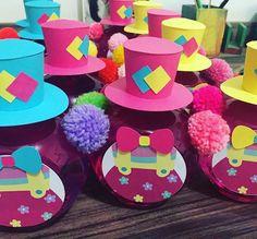 Tá chegando o Circo da Valentina #circodavalentina #circoparameninas #festademenina #festaspersonalizadas #kikabernardes_atelie