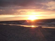 Piękny zachód słońca nad morzem. #obózletni #wakacje