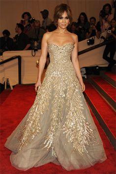 Jennifer Lopez in Zuhair Murad Haute Couture. Zuhair Murad, Jennifer Lopez, Beautiful Gowns, Beautiful Outfits, Gorgeous Dress, Elegant Dresses, Pretty Dresses, Glamour, Vestidos Fashion