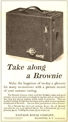 Vintage Kodak  Box Brownie - Just like Dads.  I still have pictures taken with it!!!