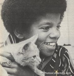 ❤️Michael Jackson young (1968)❤️Sweet with a kitten ❤️