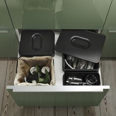 Ikea Portugal, Cabinet Doors, Recycling, Dark Kitchens, Ikea Hacks, Anna, Recycling Station, Crates, Everything
