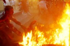 A #television debate show in northern India has ended in horror after a spectator set himself #ablaze and embraced a local #politician, leaving both men fighting for their lives.  The election show on India s state-owned national TV channel Doordarshan was being recorded in a park on Monday in Sultanpur, a town about 160 kilometers (100 miles) from the city of Lucknow. #Weird #News #Dunya #News