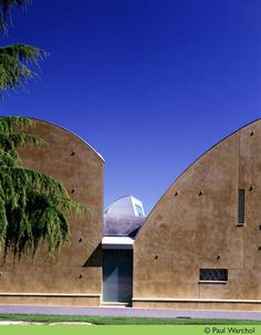 AD Classics: Chapel of St. Ignatius / Steven Holl Architects