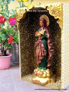 Oratório Sta. Terezinha I Vendas e encomendas WatsApp 11 94250 7292 ou pelo site prendasdemaira.wix.com/santosedivindades