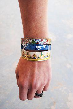 another vintage tin recycle jewelry idea.... bangle bracelets!   set/3 $56 on etsy