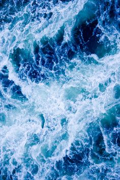 Ocean Crush // By: Oliver Shou