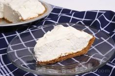 No-Bake Cheesecake Recipe from RecipeTips.com - got to try this with a fruit topping...