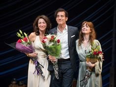 """(L-R) Eve Best, Clive Owen and Kelly Reilly appear on stage during a curtain call for the Broadway opening night of """"Old Times"""" on October 6, 2015 in New York City.   Dave Kotinsky, Getty Images"""