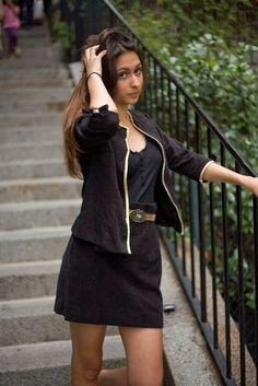 ~Goldy me~ Premier ensemble jupe et veste sans col noir et doré  http://onissia.tumblr.com