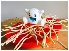 Game Recommendation: Yeti in My Spaghetti – A Fun Speech Therapy Game- pinned by @PediaStaff – Please Visit  ht.ly/63sNt for all our pediatric therapy pins