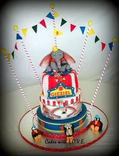 Disney Dumbo Circus Birthday Cake - Disney Every Day Elephant Birthday Cakes, Elephant Cakes, Flying Elephant, Carnival Birthday Parties, Circus Birthday, Circus Party, 3rd Birthday, Circus Wedding, Circus Theme