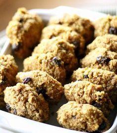 Bolachas saudáveis de cenoura e maçã Baby Food Recipes, Food Network Recipes, Sweet Recipes, Cake Recipes, Dessert Recipes, Desserts, Biscuits, Tummy Yummy, No Bake Cookies