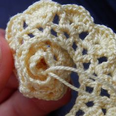 Strip Method - The Perfect Crochet Rose Pattern