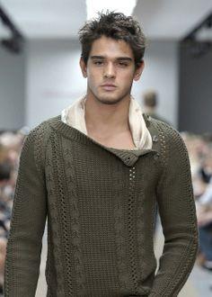 Marlon Teixeira, Cool Sweater